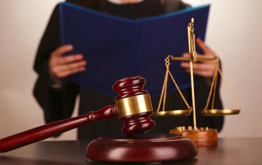 Рассмотрение дела в суде при наличии детей Привет